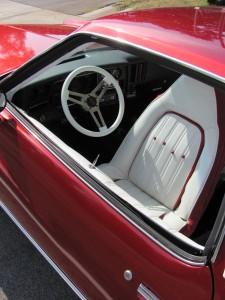 Chevrolet Monte Carlo 1976 inside